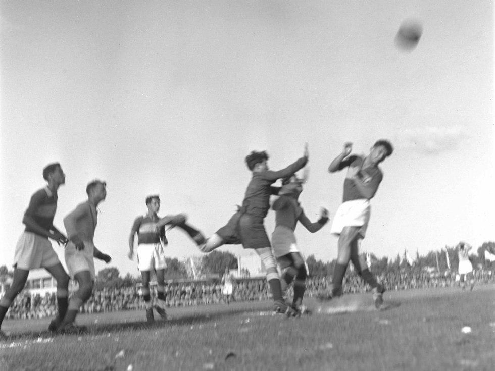 גמר תחרות בכדורגל משחקי גמר על גביע הרמטכ