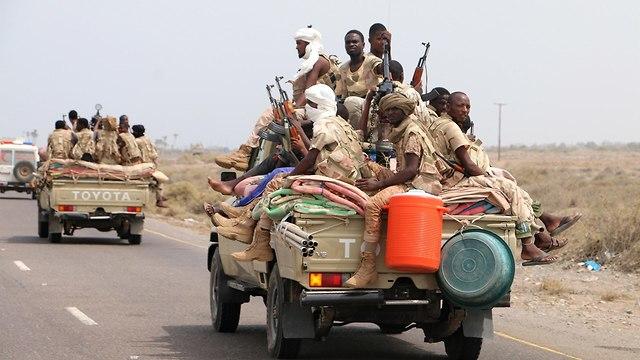 סעודים מתקפה מבצע ניצחון הזהב תימן (צילום: EPA)