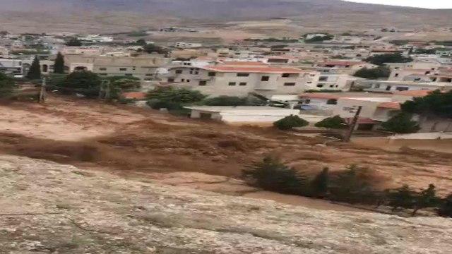 מזג אוויר סוער בלבנון ()