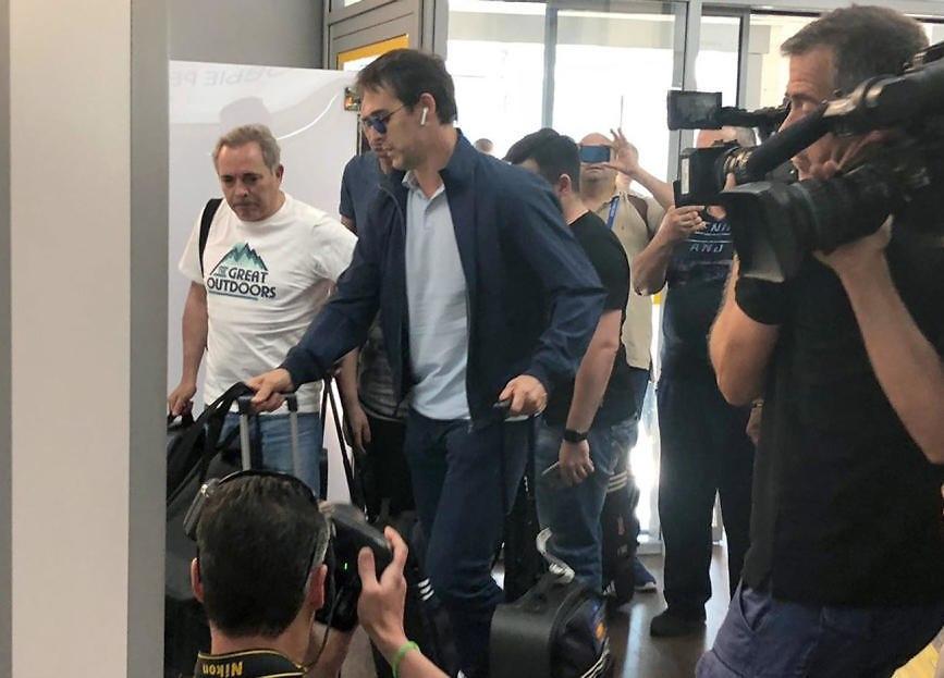 ז'ולן לופטגי עוזב את רוסיה (צילום: EPA)