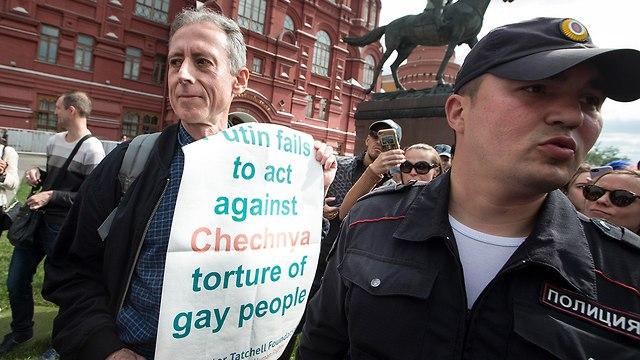 יטר טאצ'ל פעיל למען זכויות להט