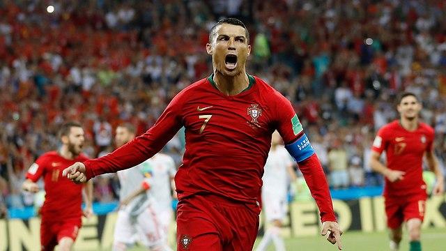 Криштиану Роналду - герой Португалии. Фото: AP