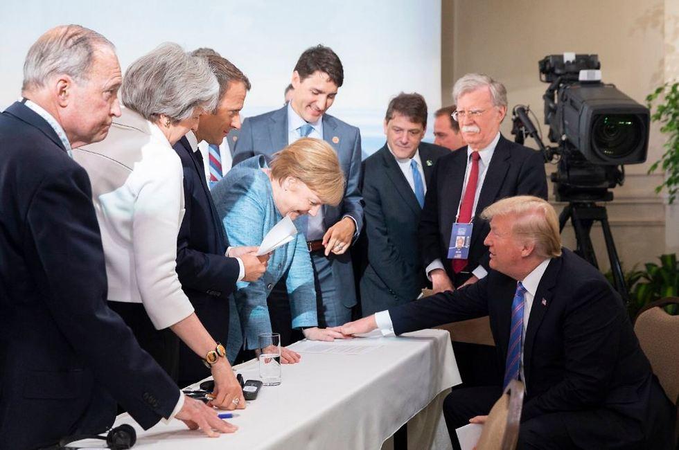 טראמפ ומנהיגי ה-G7 ()