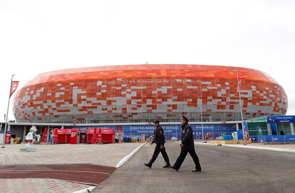 איצטדיון מורדוביה בסראנסק (צילום: EPA)
