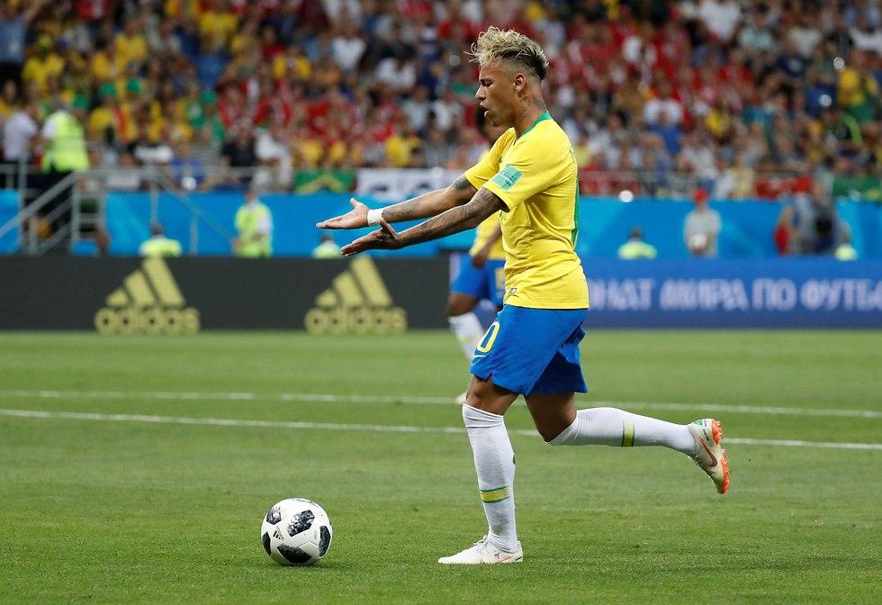ברזיל שווייץ גבריאל ז'סוס ריקרדו רודריגז (צילום: רויטרס)