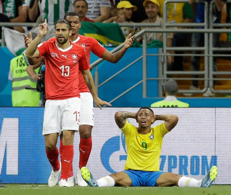 ברזיל שווייץ גבריאל ז'סוס ריקרדו רודריגז (צילום: AP)