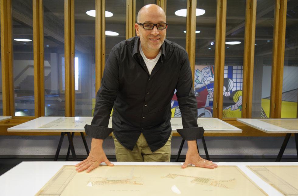 פרופ' ערן נוימן ימשיך כראש ארכיון עזריאלי לאדריכלות, שיסד במוזיאון תל אביב, ויעבוד בשנת השבתון שהוא לוקח על ספר על אריה שרון (צילום: מיכאל יעקובסון, cc)