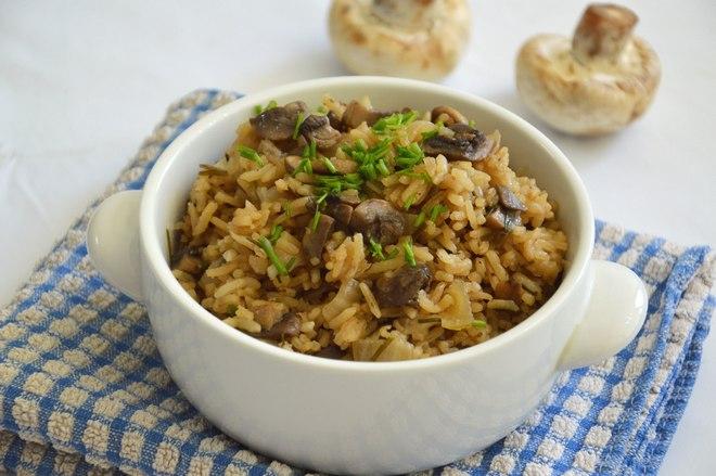 אורז עם פטריות (צילום: אפרת סיאצ'י)