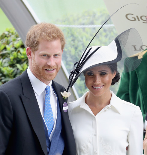 רויאל אסקוט: הכובעים והבגדים המרהיבים במרוץ הסוסים המלכותי. לחצו על התמונה לכתבה המלאה (צילום: Chris Jackson/GettyimagesIL)