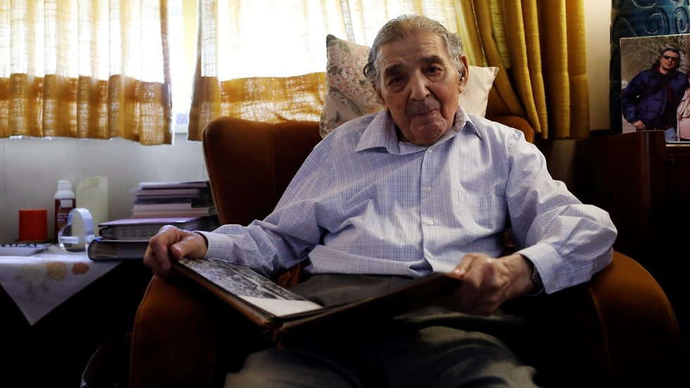 Ram Haviv, 93, who served in the British army between 1943-1946 (Photo: Reuters)