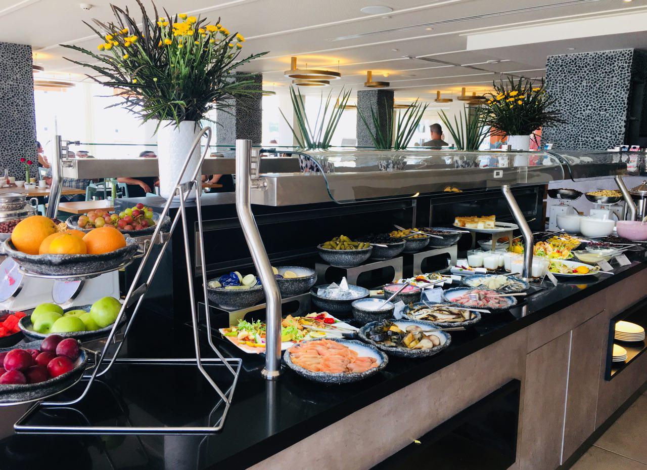 ארוחת הבוקר במלון (צילום: שירי הדר)