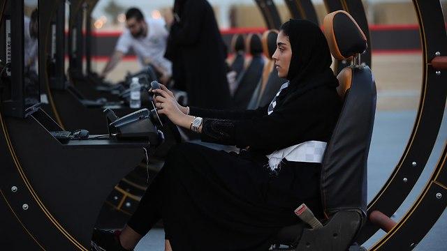 אירוע ב עיר ג'דה לקראת ביטול האיסור שמונע מנשים לנהוג ב סעודיה (צילום: gettyimages)