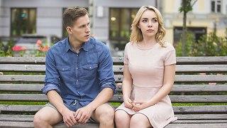 זוג נפרד האחד מהשנייה (צילום: Shutterstock)