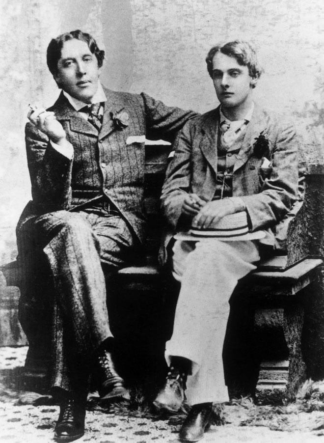 אוסקר וויילד (משמאל) ואלפרד דאגלס. אחד מהם נכנס לכלא. הקליקו על התמונה (צילום: Hulton Archive/GettyimagesIL)