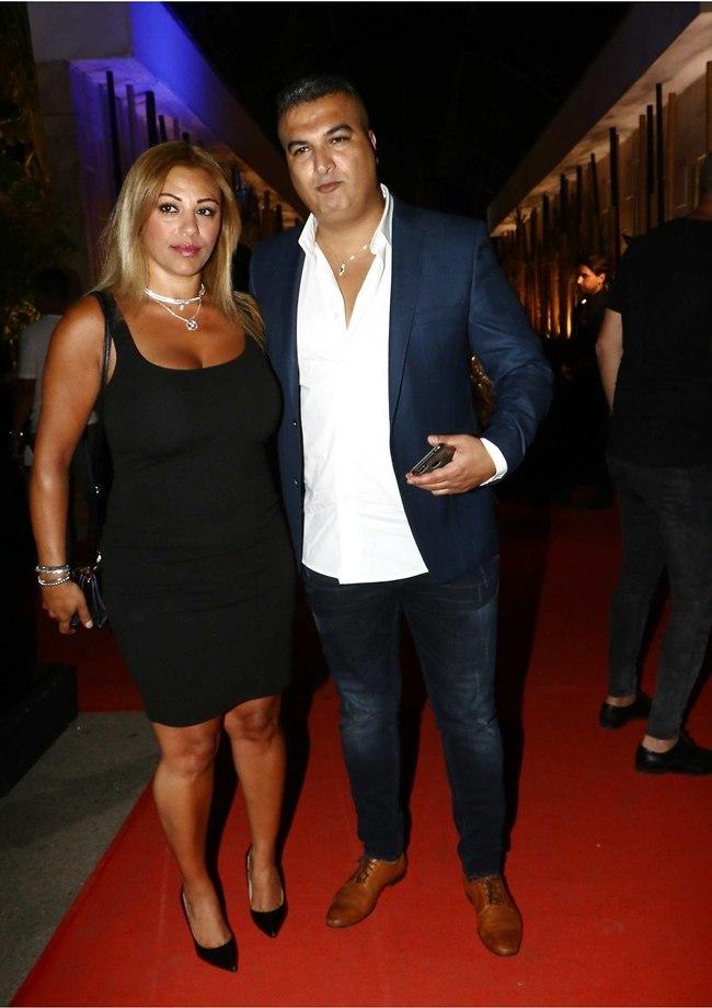 מרימים! רון שובל ואישתו (צילום: אמיר מאירי)