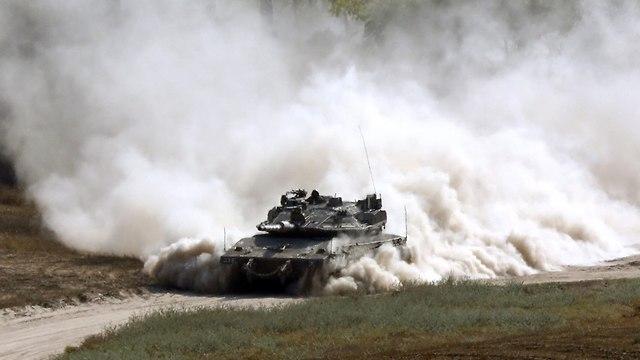 IDF tank on Gaza border (archives) (Photo: AFP)