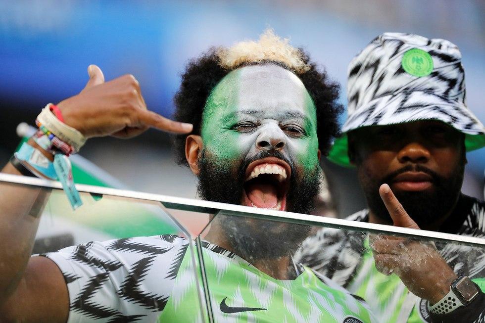 אוהד נבחרת ניגריה (צילום: רויטרס)