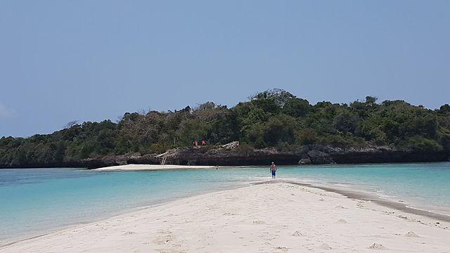 חוף סודי ומדהים (צילום: אילן חובב)