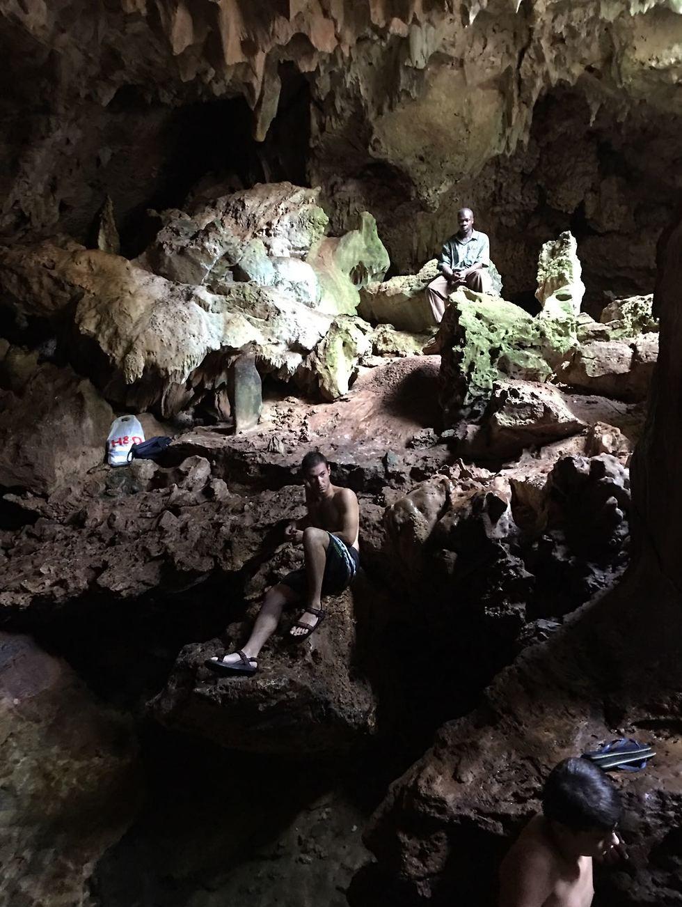 מערות פוקוצ'אני (צילום: אילן חובב)