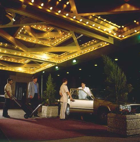 מלון הילטון, שנות ה-70 (צילום: אוסף גולדרייך דה שליט ארכיון אדריכלות ישראל)