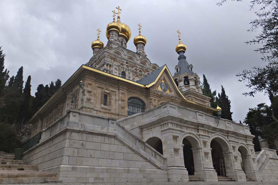 Церковь Марии Магдалины на Масличной горе в Иерусалиме. Фото: Леон Левитас