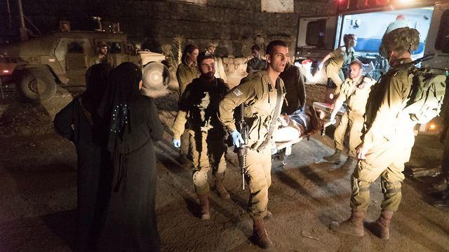מבצע מורכב העברת פצועים סורים ל ישראל טיפול בארץ תקיפה ב דראע  סוריה עוצבת הבשן רמת הגולן (צילום: דובר צה
