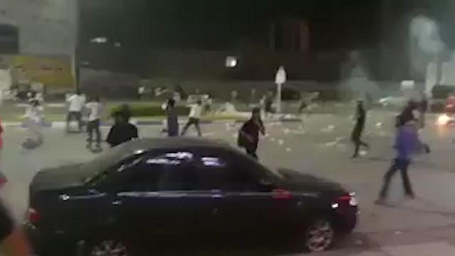 Стрельба по демонстрантам