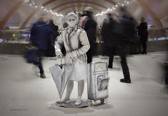 אמנית מבולגריה, פסטיבל פסלים חיים ברחובות