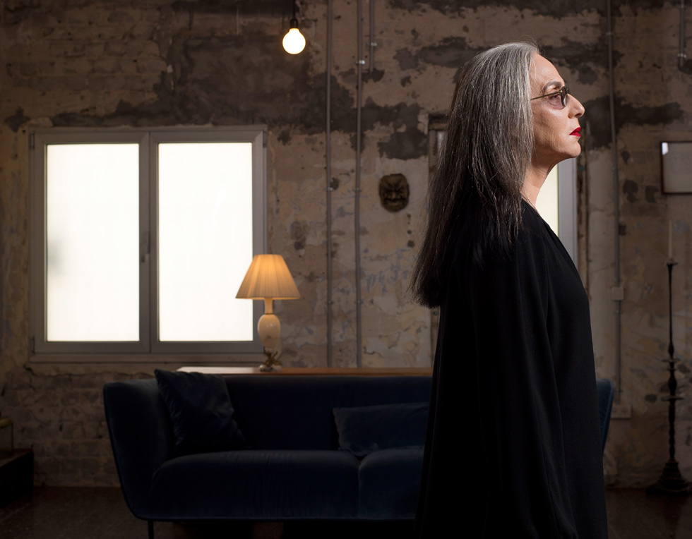 דורין פרנקפורט, 67, מעצבת אופנה ותעשיינית, אמא לתאומות קמע וקיאן (27), ואם חורגת לקרן (34) ונטע (31) מבן זוגה מיקי קרצמן  (צילום: יובל חן)