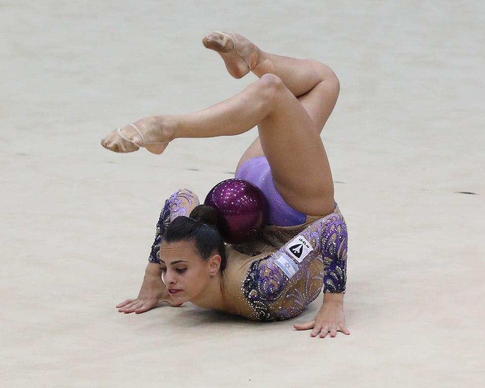 לינוי אשרם אליפות ישראל התעמלות אמנותית (צילום: אורן אהרוני)