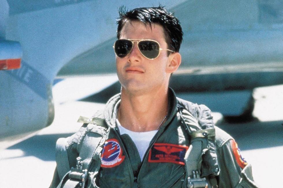"""הטייס המסוקס. טום קרוז ב""""אהבה בשחקים"""""""