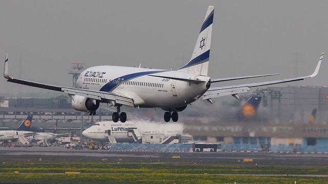 מטוס בואינג 737-800 של אל על (צילום: זהר עזר)