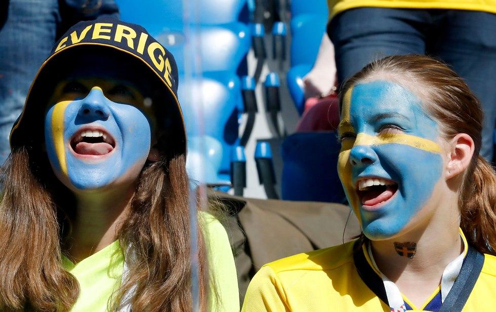 אוהדות נבחרת שבדיה (צילום: EPA)
