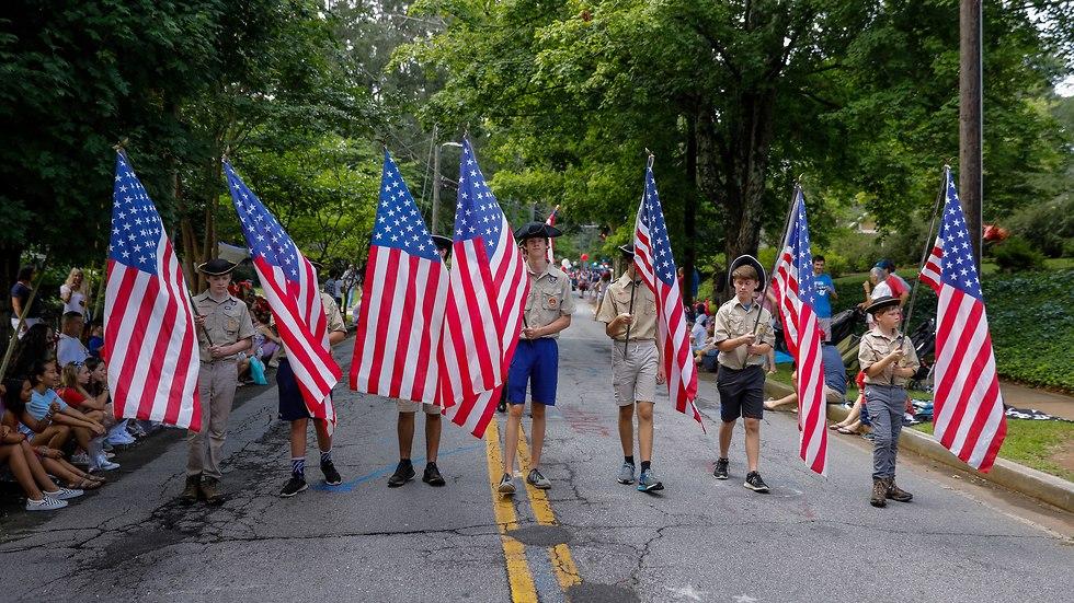 חגיגות יום העצמאות האמריקני בניוברי בדרום קרוליינה (צילום: EPA)