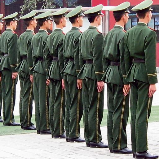 """כוחות צבא סיניים. """"הכל מעניין אותם"""""""