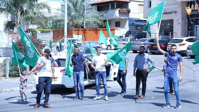 A hero's welcome in Kafr Kanna