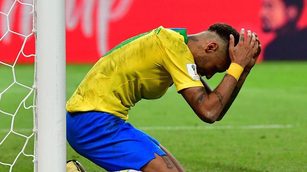 ניימאר מאוכזב (צילום: AFP)