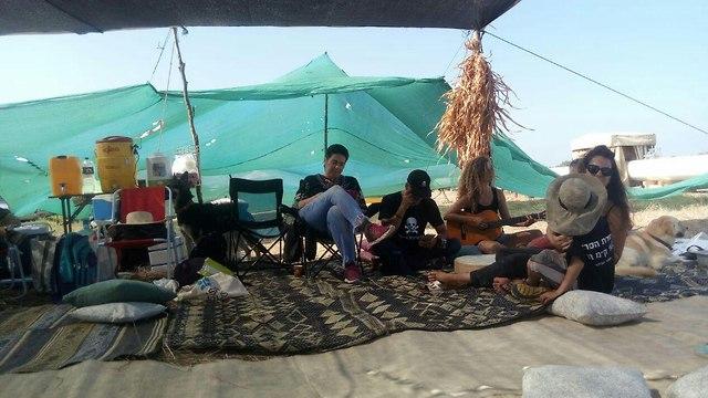 עיר האוהלים של פעילי