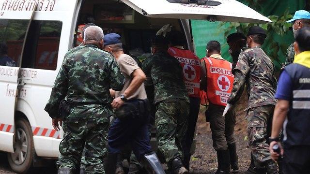 חילוץ הילדים שנלכדו במערה בתאילנד (צילום: רויטרס)