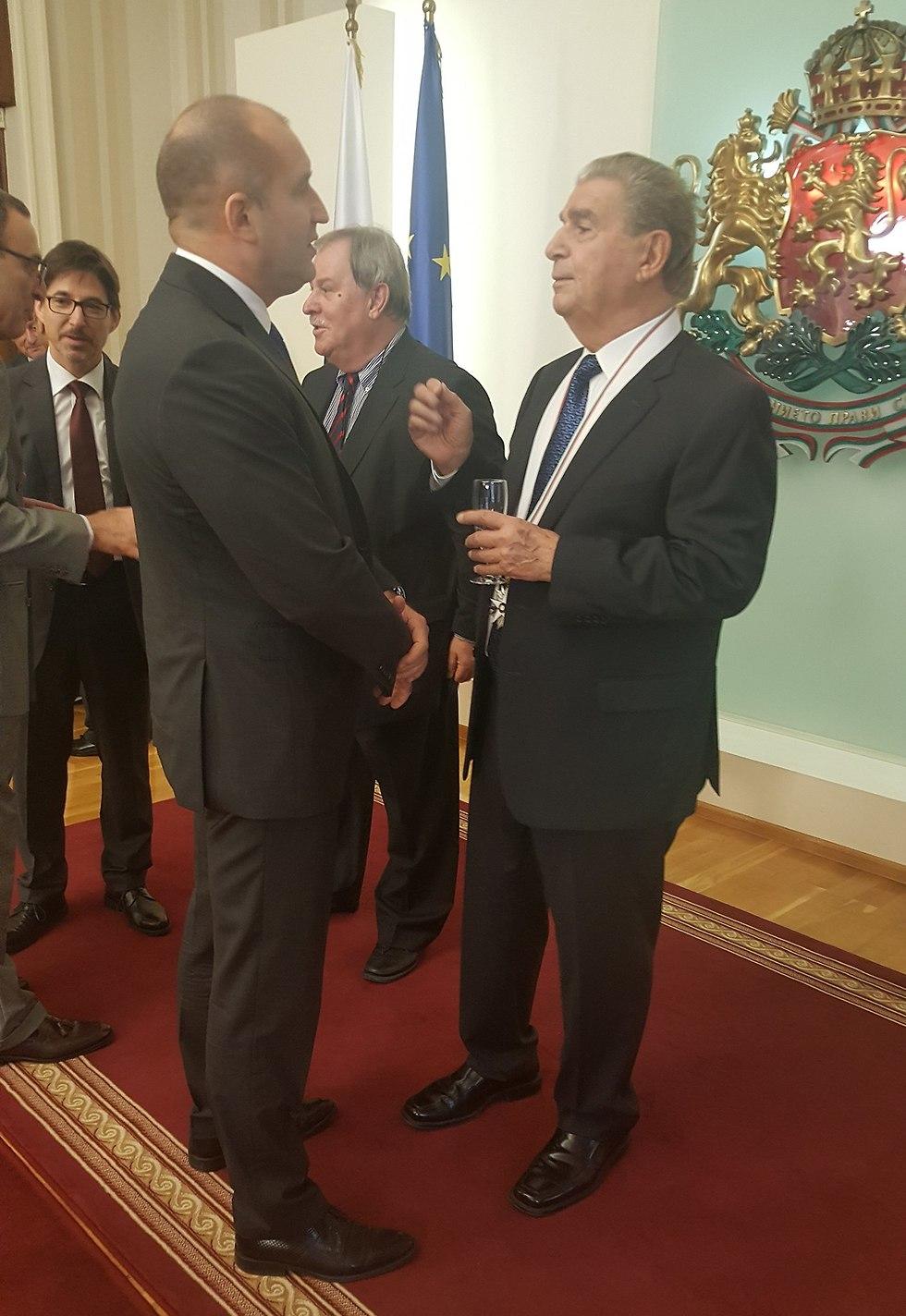 Prof. Bar-Zohar and the President of Bulgaria (Photo: Miki Bar-Zohar)