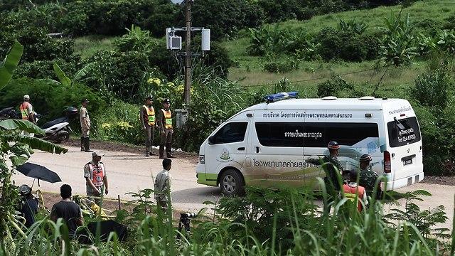 מערה תאילנד חילוץ הילדים ילדים מחוז צ'אנג ראי לכודים חילוץ צוות הצלה (צילום: AFP  )