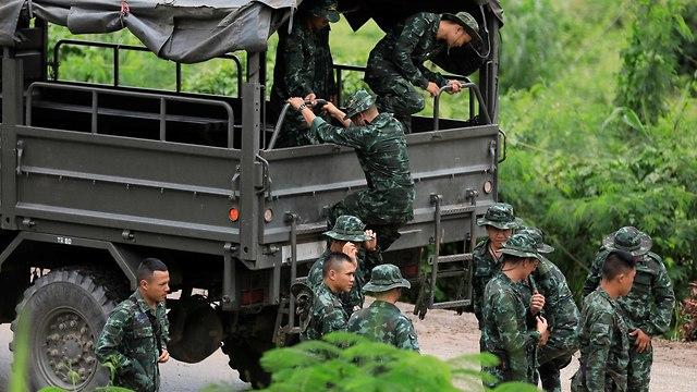 מערה תאילנד חילוץ הילדים ילדים מחוז צ'אנג ראי לכודים חילוץ צוות הצלה (צילום: רויטרס    )