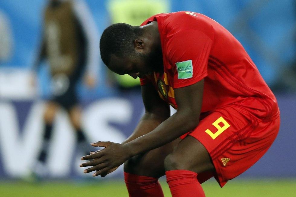 רומלו לוקאקו מאוכזב (צילום: AFP)