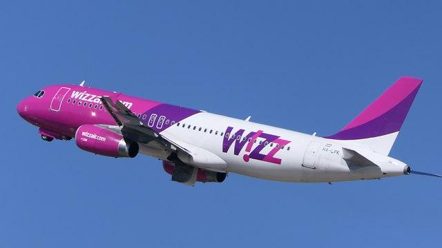 מטוס וויזאייר  (צילום: דני שדה)