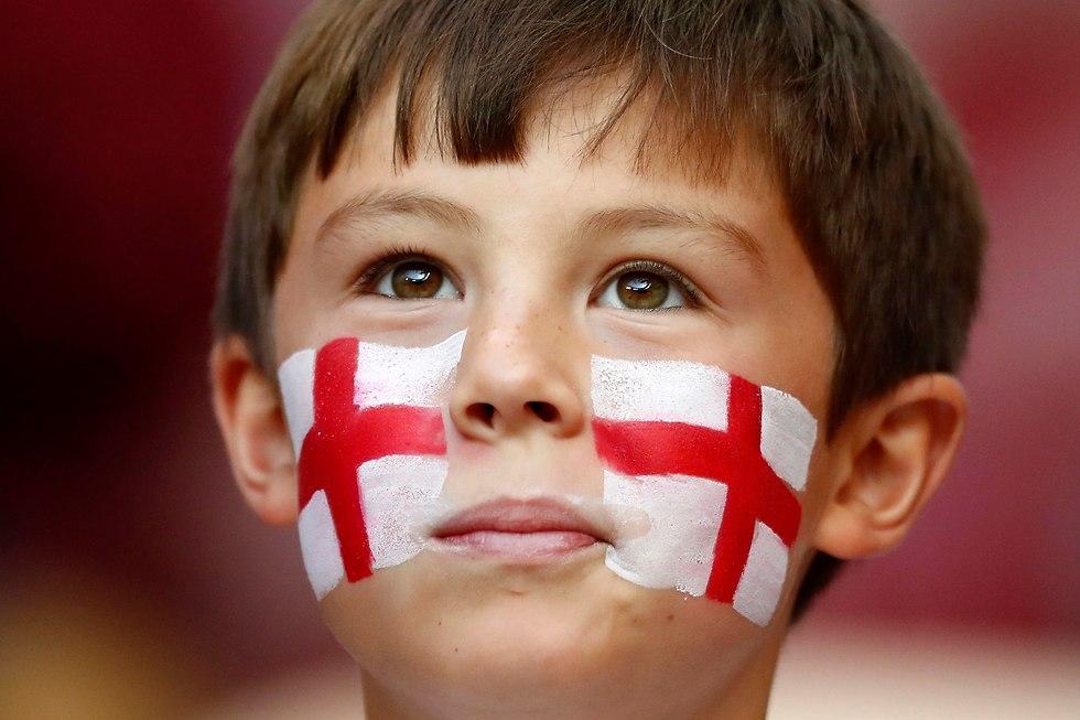 אוהד נבחרת אנגליה (צילום: AP)