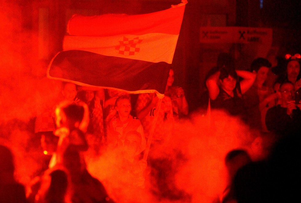 אוהדי נבחרת קרואטיה זאגרב (צילום: AFP)