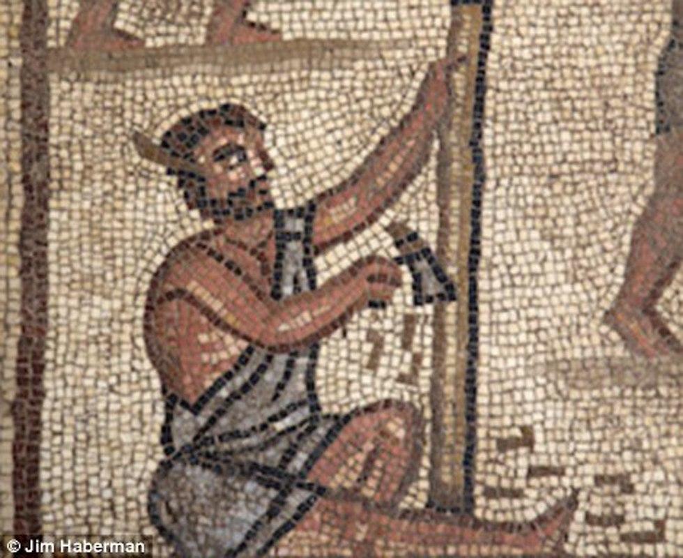 Мозаика показывает и бытовые сцены. Фото: Jim Haberman