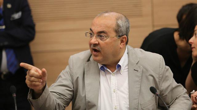 אחמד טיבי (צילום: אלכס קולומויסקי)