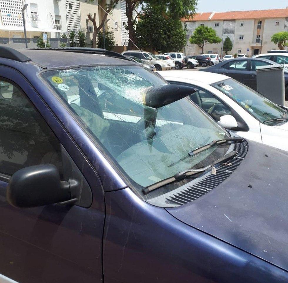 Interceptor missile hits car after shooting down rocket