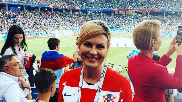 Президент Хорватии находится на матче среди болельщиков своей страны